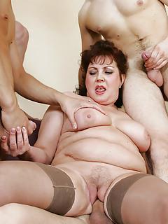 Moms Gangbang Pics