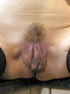 Moms Pussy Pics